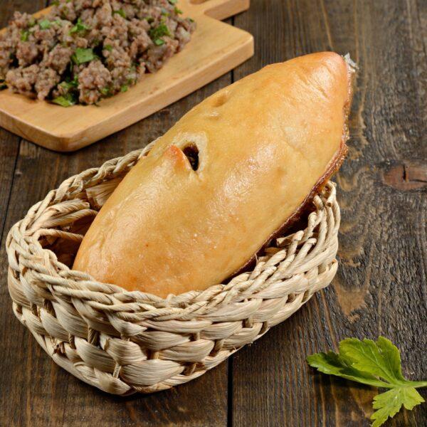 Пирожок жареный с мясом